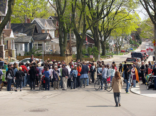Jane's Walk helps community members get to know their neighbourhoods.