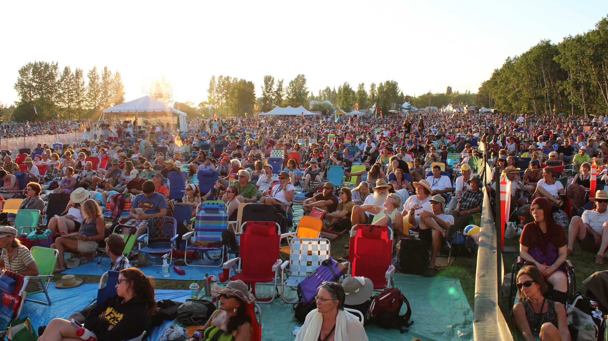 Perfect weather and great performances kicked off the 41st Winnipeg Folk Festival.