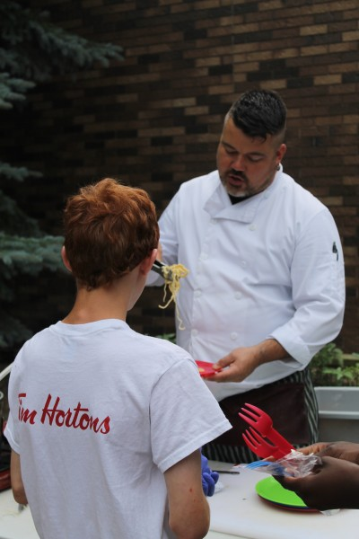 Foodology participants learn about growing and grilling. Photo credit: Assiniboine Park Conservancy.