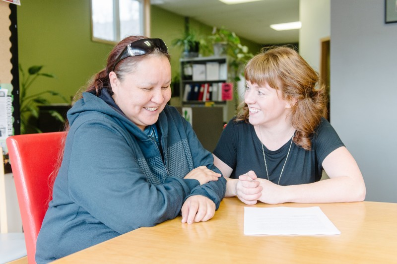 Jennifer Beaulieu with Skills Bank Coordinator Amy Cundill. Photo credit: Ian McCausland for The Winnipeg Foundation.