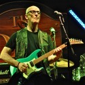 Kim Mitchell and band had crowd in the palm of his hand