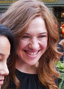 220px-Clara_Hughes_on_Walk_of_Fame_2