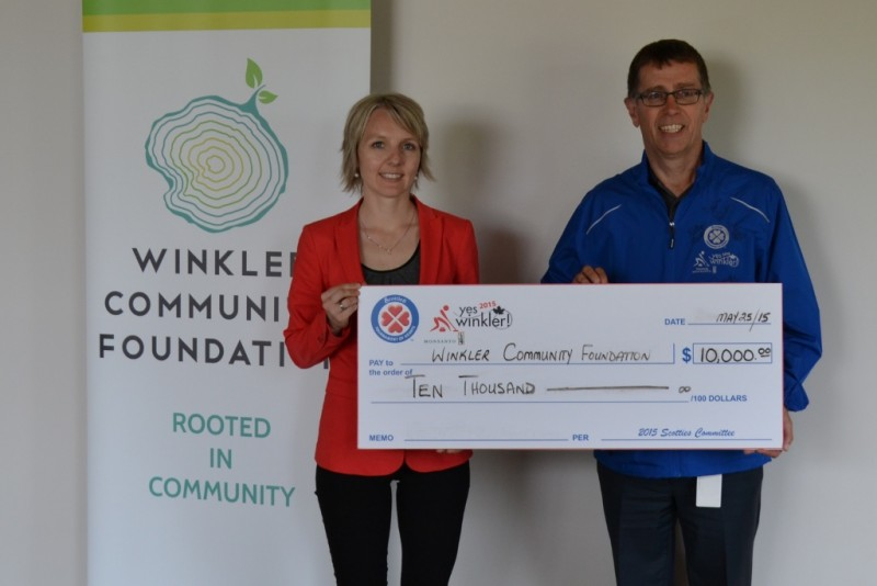 Scotties Tournament donation to Winkler Community Foundation