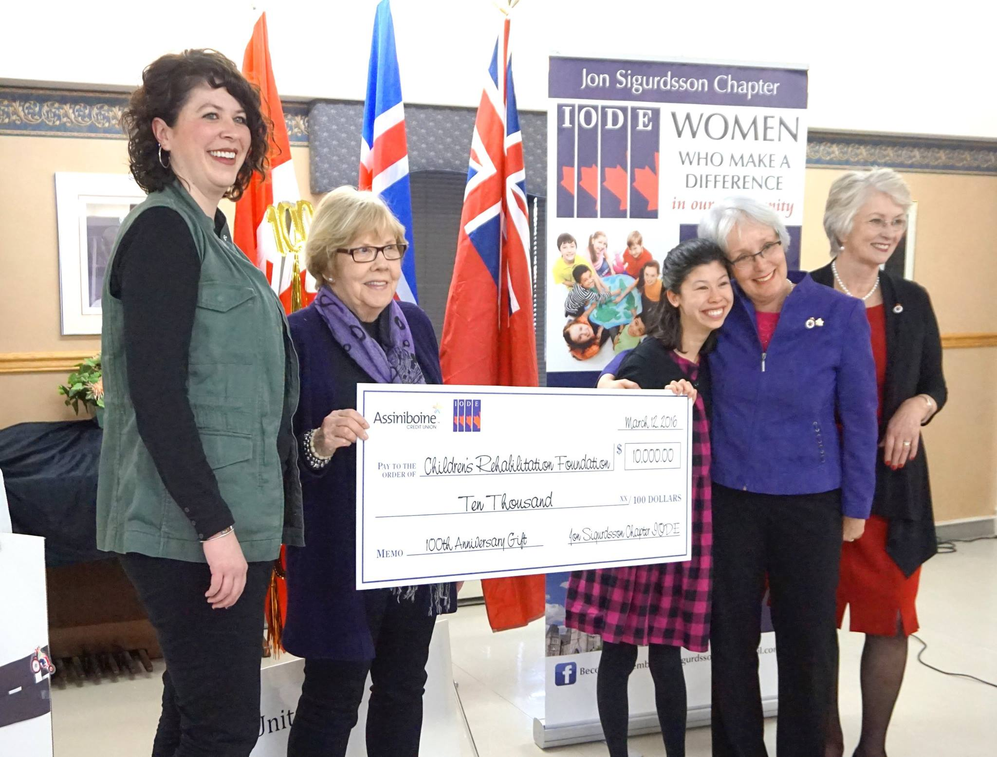 Presentation of the $10,000 cheque to Chidren's Rehab Centre, represented by Keera and her mother Allison Lyall.