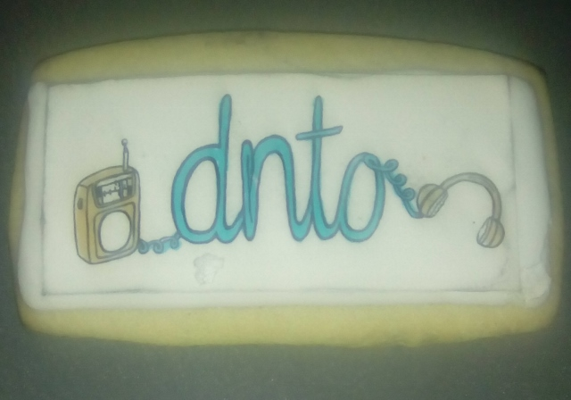 Commemorative cookies were on hand for all to enjoy during DNTO's taping of final episode.