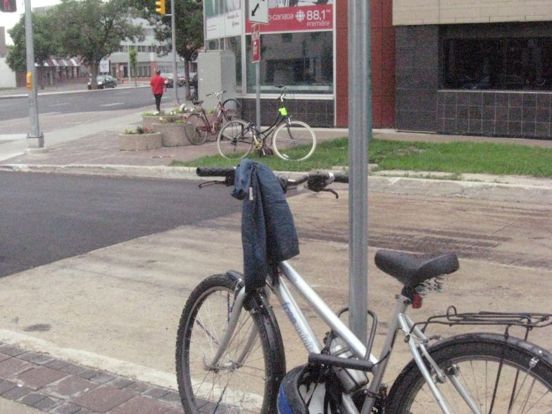 Bikes on Spence Street. /SUSAN HUEBERT