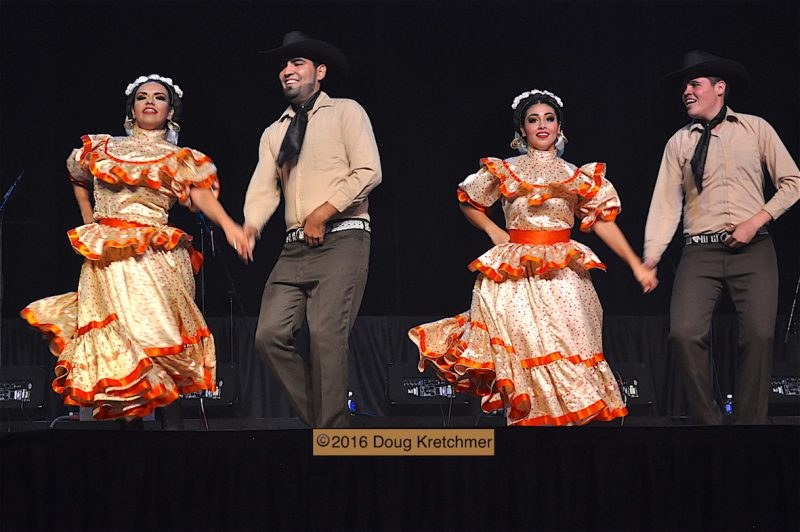 Never a dull moment at Folklorama's Mexican Pavilion. /DOUG KRETCHMER