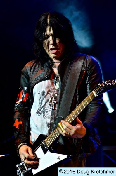 Tom Keifer and his band put on an amazing performance