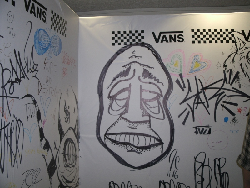 The graffiti wall served as a consolation for those who didn't get a pair. /ANNE HAWE