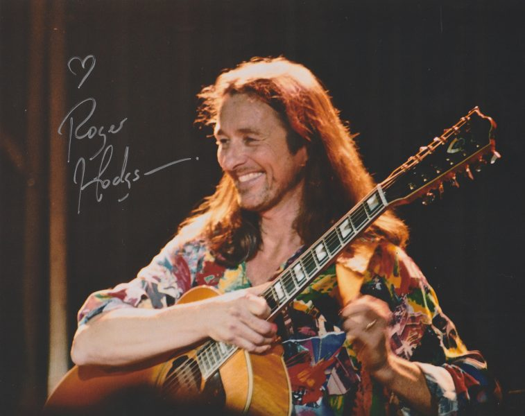 One of the photos I took at the Vancouver show Apr. 5, 1998 (which he signed at Club Regent)