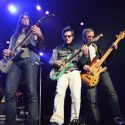 Weezer stops in Winnipeg for the first time