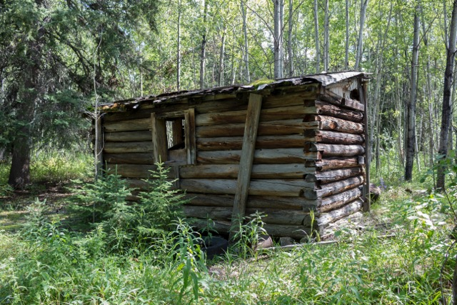 Cabin in the woods in northern Manitoba. PHOTO by Marie LeBlanc