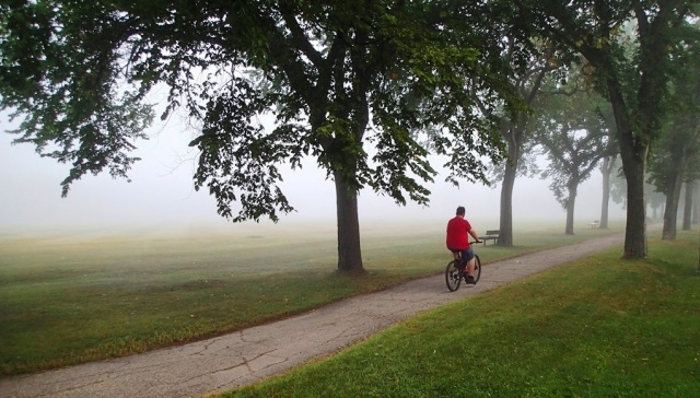 In the soup: you couldn't even see across the Cricket field at Assiniboine Park on this foggy morning. PHOTO by Greg Petzold