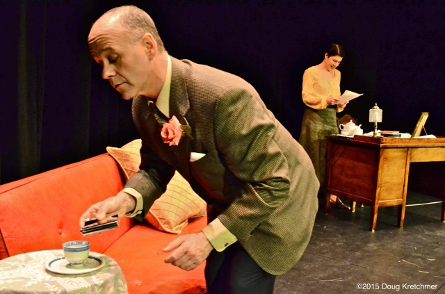 Heather Forgie & Steve Weller play Esme Wynne & Noel Coward in the 1917 play \'Noel Collaborates\'. Last two shows at 2 & 4pm Sunday. <br /><em> by Doug Kretchmer </em>